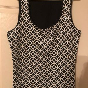 Gorgeous black/white sequined top